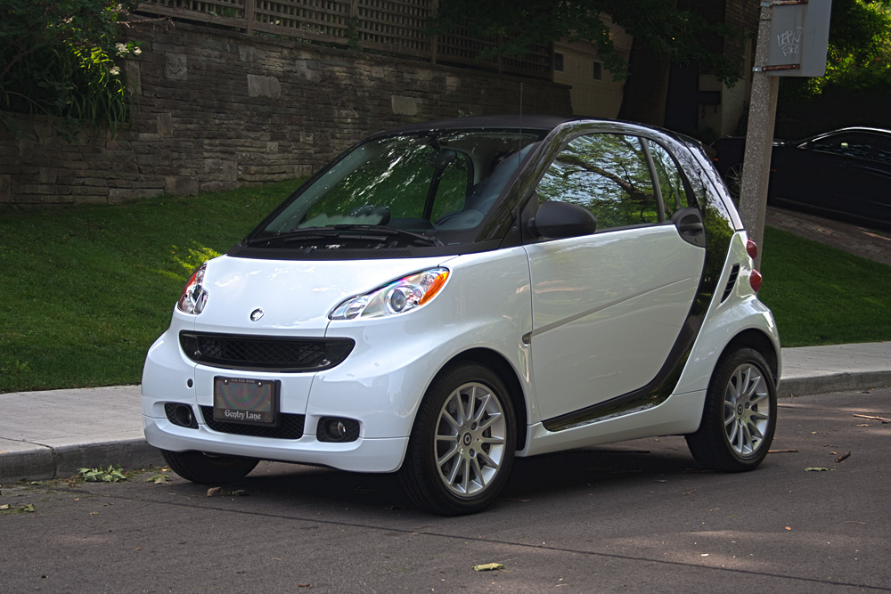 2011 smart fortwo pure coupe gentry lane automobiles. Black Bedroom Furniture Sets. Home Design Ideas