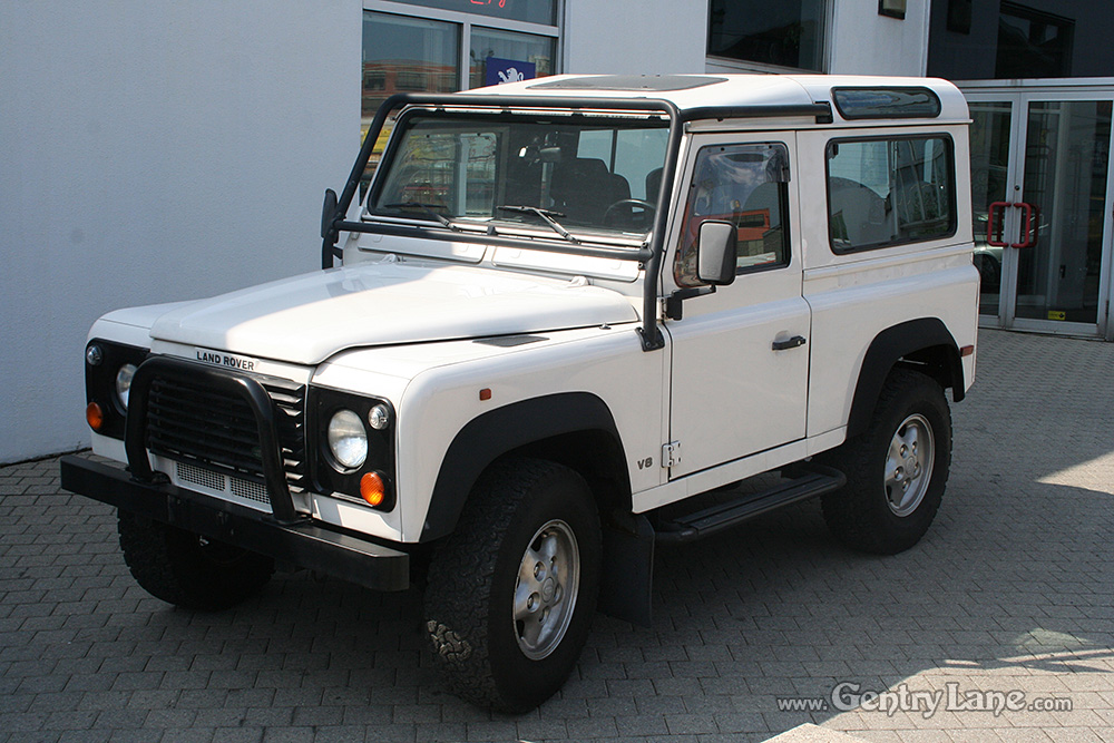 This Is A Very Limited Edition Defender 90 No 392 With Only 38000 Km In Great Condition